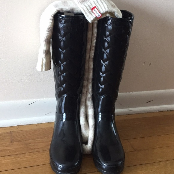 205b2312e94 Hunter Boots Shoes - Hunter Gloss Quilted Rain Boots Size 7 US